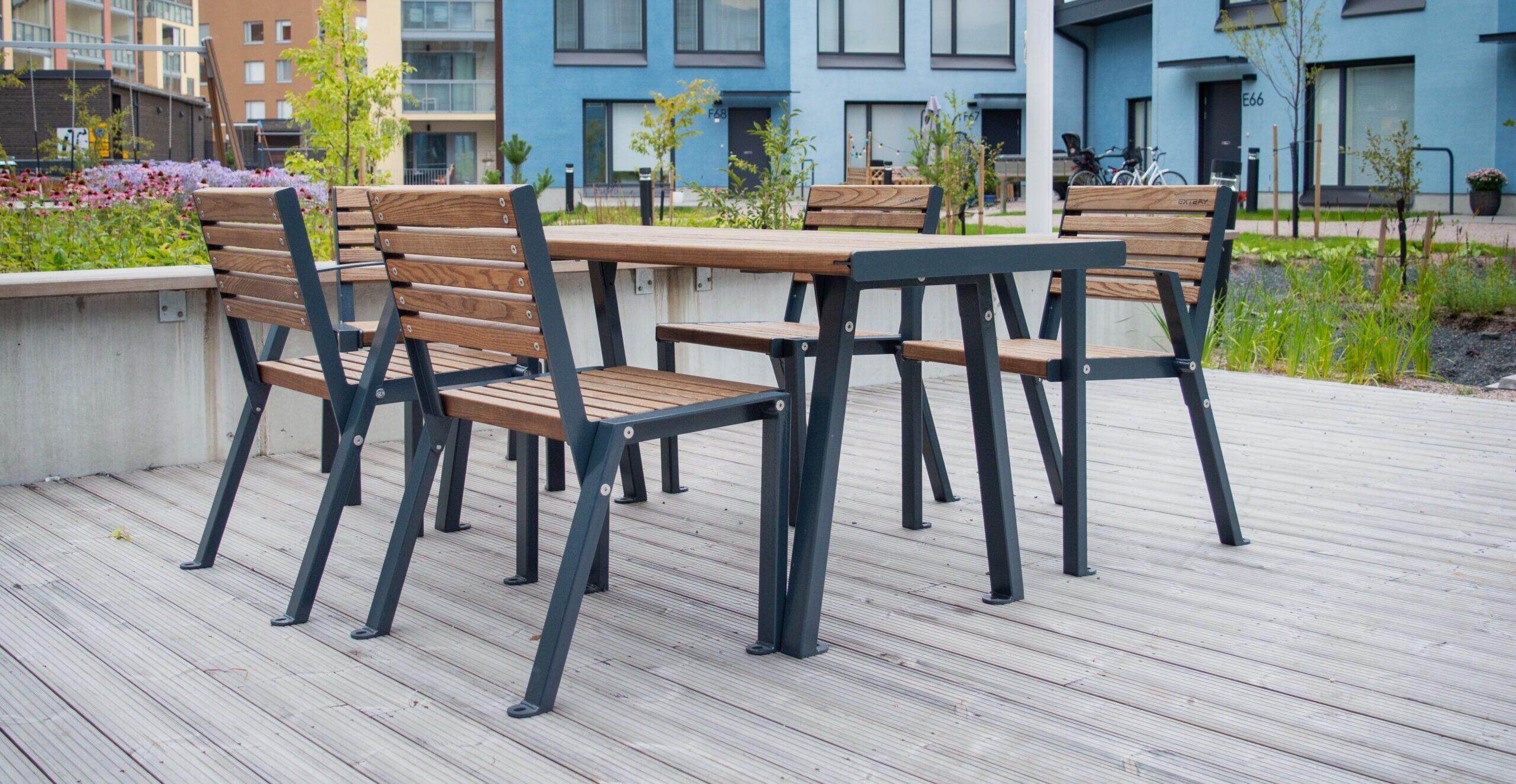 table Klaar Wood